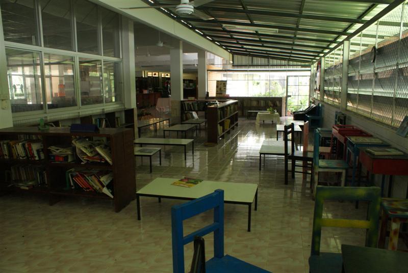 classroom23.JPG