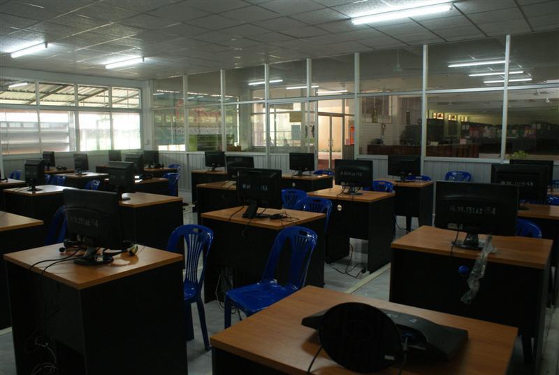 classroom26.JPG